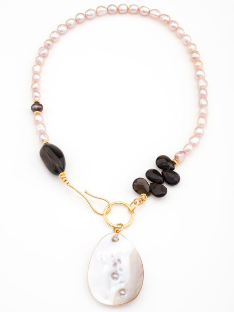 pink pearl and smoky quartz front close necklace