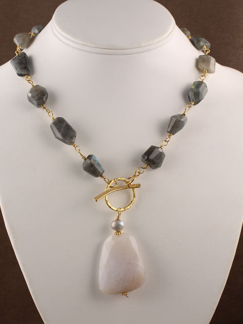 Labradorite front toggle pendant necklace