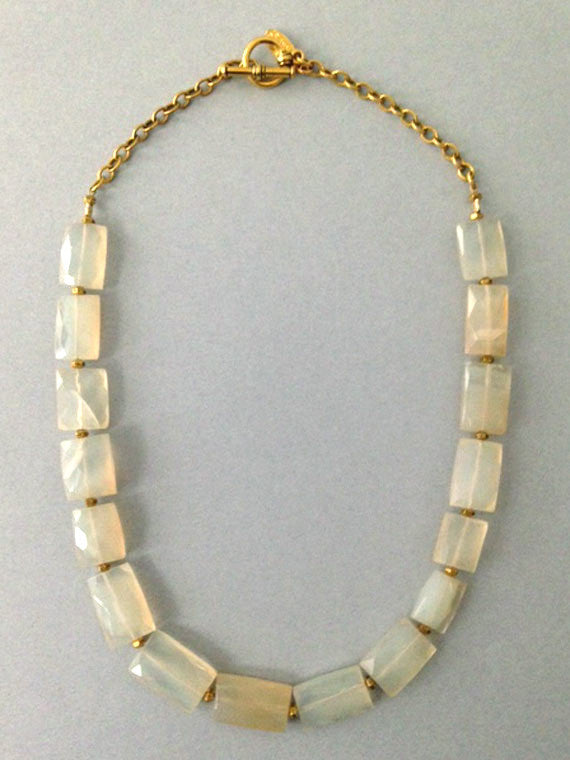 Pale yellow rectangle beads necklace