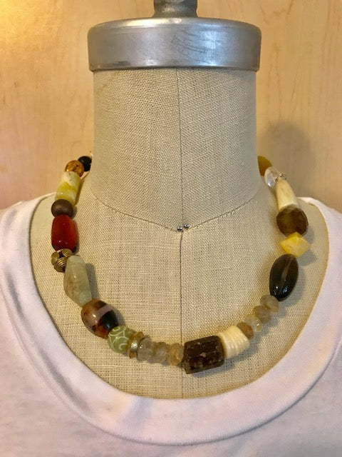 Shades of neutral multibead necklace