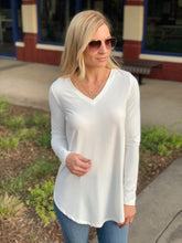 Load image into Gallery viewer, EASY LIKE SUNDAY MORNING TUNIC-IVORY - Infinity Raine