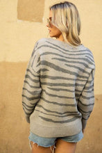 Load image into Gallery viewer, KEEP YOUR EYES ON ME TIGER PRINT PULLOVER SWEATER-GREY - Infinity Raine