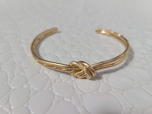 STUCK LIKE GLUE KNOT BRACELET-GOLD - Infinity Raine