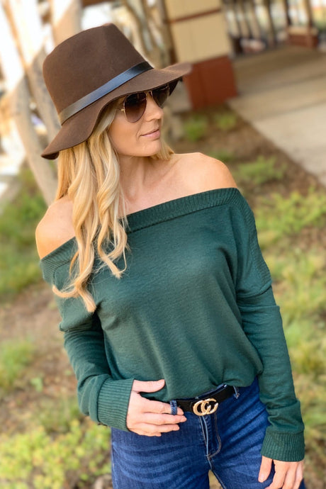 DINNER AND A MOVIE SWEATER TOP-HUNTER GREEN - Infinity Raine
