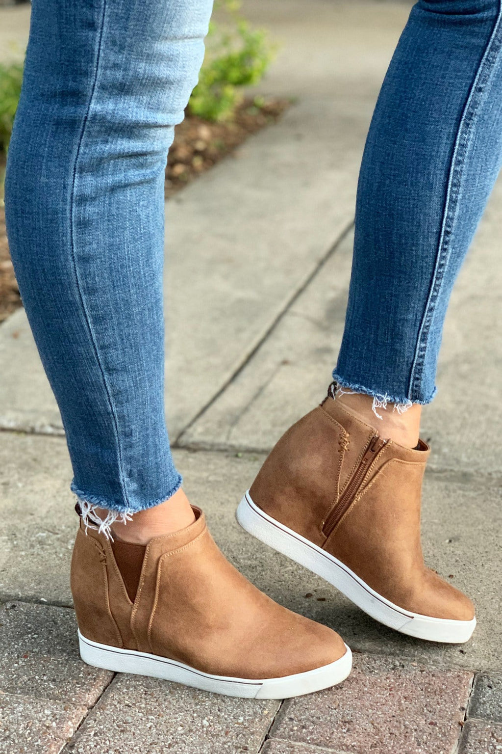 CASUAL NIGHTS WEDGE SNEAKER-HONEY - Infinity Raine
