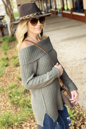 CALLING YOUR NAME SWEATER-OLIVE - Infinity Raine