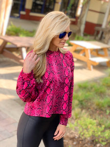 SO MAGICAL CROP TOP-FUCHSIA - Infinity Raine