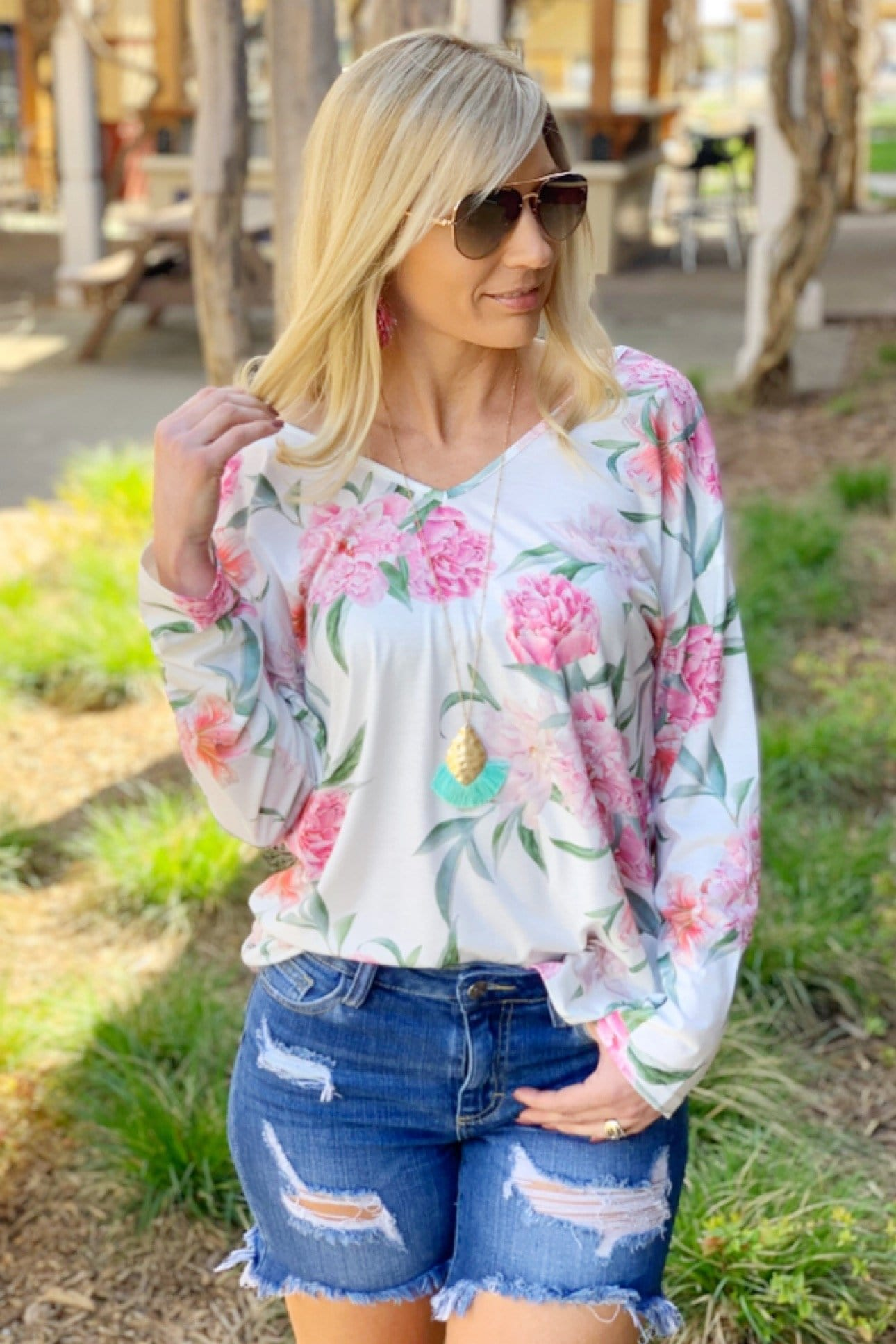 TWISTED LOVE FLORAL TOP-WHITE - Infinity Raine