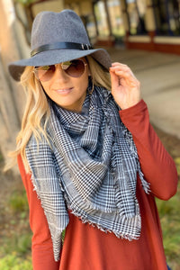 IN A FLURRY SQUARE PLAID BLANKET SCARF-BLACK/WHITE - Infinity Raine