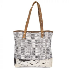 Load image into Gallery viewer, AMAZING MAZE TOTE BAG - Infinity Raine