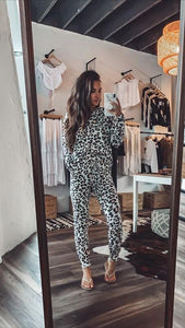 MAKE YOURSELF AT HOME SWEATSHIRT AND PANT SET-LEOPARD - Infinity Raine