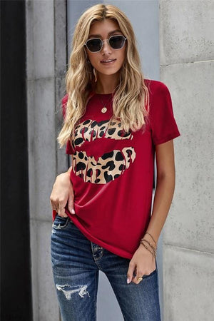 KISS AND MAKE UP LEOPARD LIPS TEE-RED - Infinity Raine