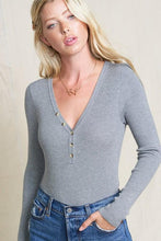 Load image into Gallery viewer, SIMPLE SITUATIONS  HENLEY TOP-HEATHER GREY - Infinity Raine