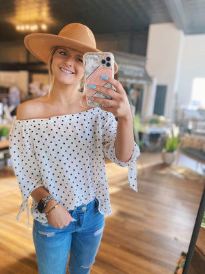 Ready For Vacay Off The Shoulder top-White & Black - Infinity Raine