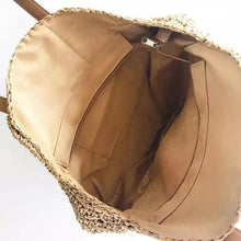Load image into Gallery viewer, PEARL CITY WOVEN ROUND STRAW BAG - Infinity Raine