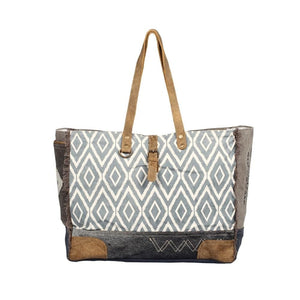 TAPESTRY WEEKENDER BAG - Infinity Raine