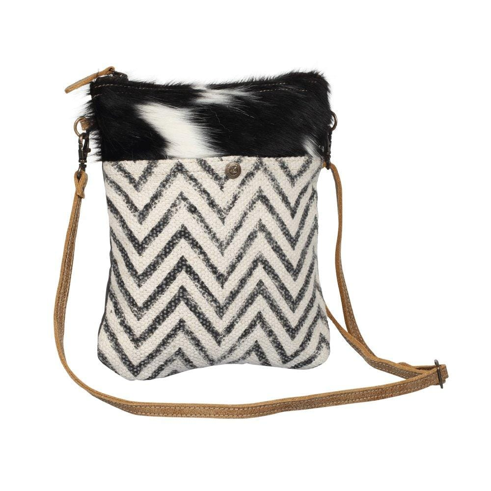 SPLEEN CROSS BODY BAG - Infinity Raine