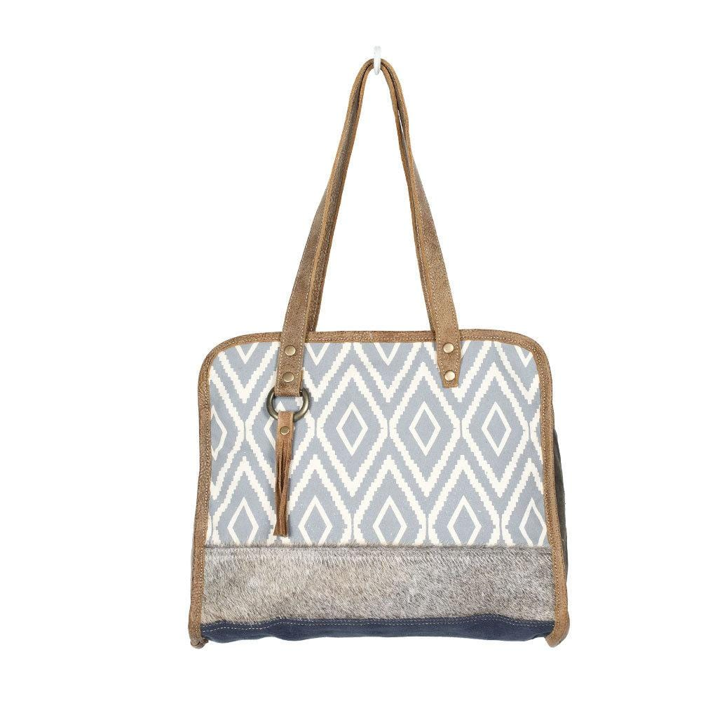 TREMBLING TOTE BAG - Infinity Raine