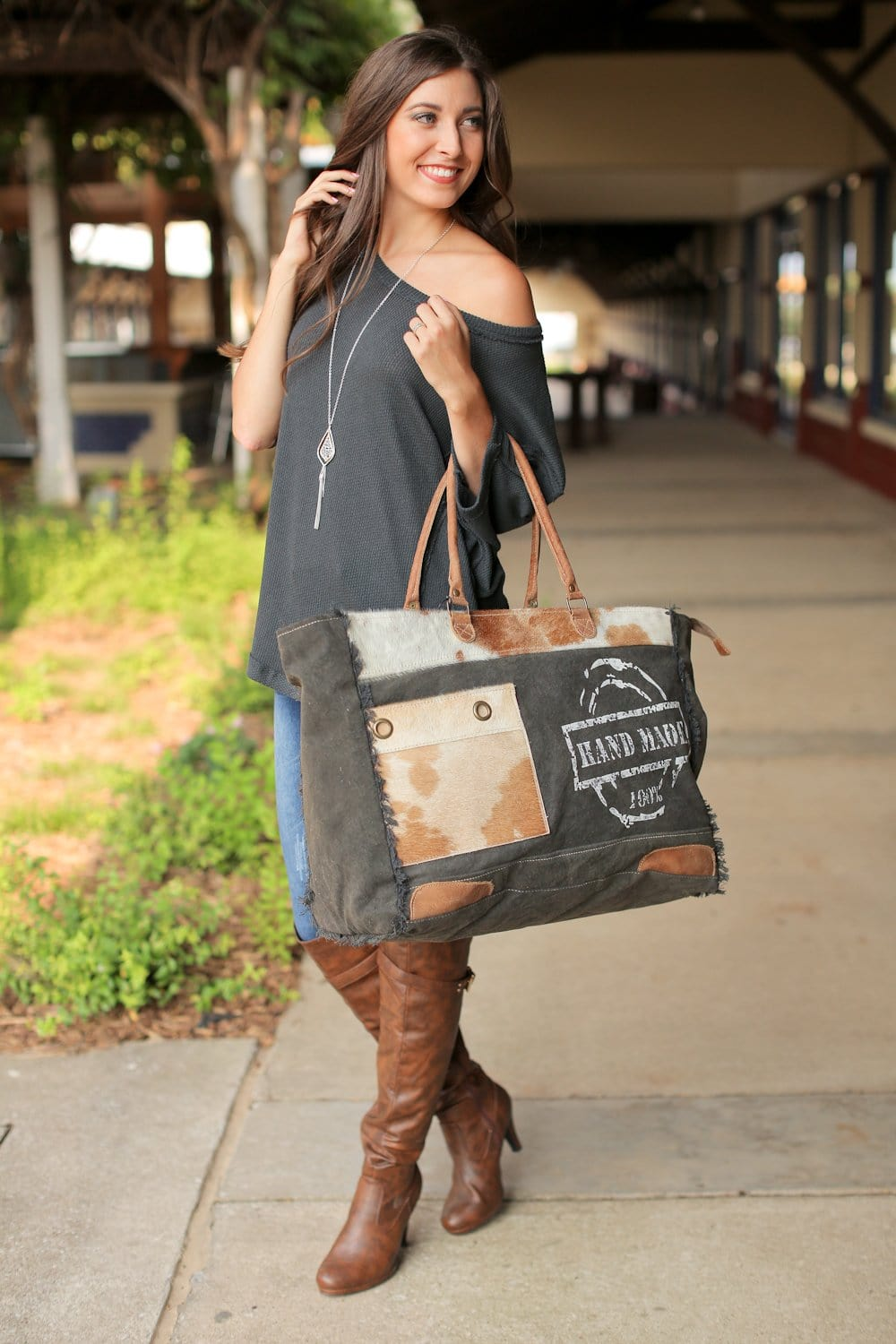 THE MONTANA WEEKENDER BAG - Infinity Raine