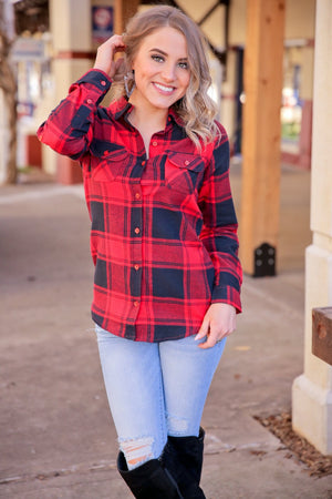 CAMPFIRE CRUSH BUFFALO PLAID LONG SLEEVE BUTTON UP-RED/BLACK - Infinity Raine