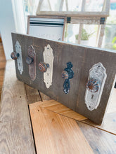 Load image into Gallery viewer, ANTIQUE DOOR KNOB WALL HOOKS PLAQUE - Infinity Raine