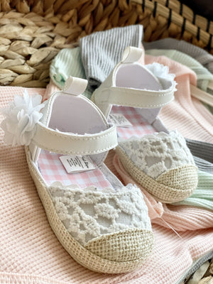 Going With Grandma Lace Shoes-White - Infinity Raine