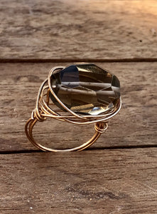 STATEMENT BOHEMIAN STONE WIRE RING GOLD/SMOKEY QUARTZ - Infinity Raine
