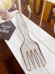 METAL AND WIRE LARGE FORK WALL DECOR - Infinity Raine