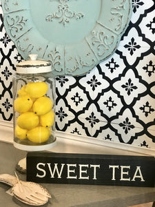 SOUTHERN FAVORITE SWEET TEA DISTRESSED BOX SIGN - Infinity Raine