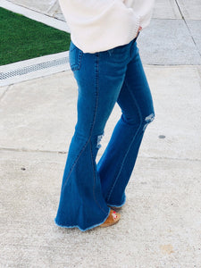 ALL THE CONFIDENCE FLARE JEANS - Infinity Raine