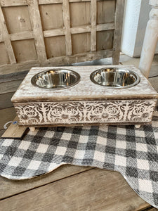 SMALL DOG FOOD/WATER BOWL STAND-DISTRESSED WHITE - Infinity Raine