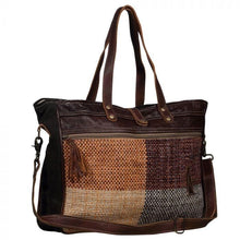Load image into Gallery viewer, OBLONG WEEKENDER BAG - Infinity Raine
