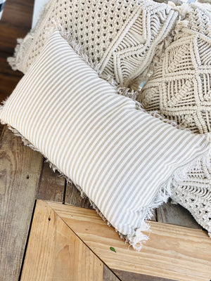 FARMHOUSE  LINEN AND COTTON STRIPED PILLOW - Infinity Raine