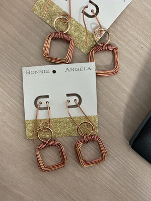 SQUARE UP WIRE EARRINGS- ROSE GOLD - Infinity Raine
