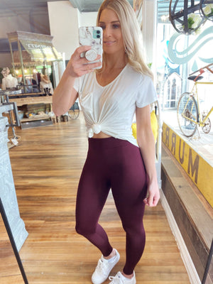 EVERYDAY ESSENTIAL FLEECE LEGGINGS- BURGUNDY - Infinity Raine