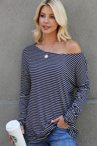 THE WEEKEND CASUAL TUNIC TOP-NAVY - Infinity Raine