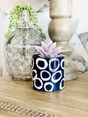 PLANT LOVER GEOMETRIC CERAMIC POT-NAVY DOTS - Infinity Raine