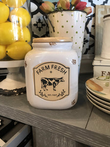 FARM FRESH DISTRESSED CANISTER WITH LID-WHITE - Infinity Raine