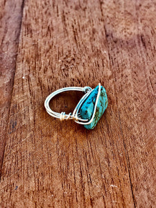 STATEMENT BOHEMIAN FLAT STONE WIRED RING- SILVER - Infinity Raine
