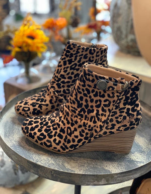 Berkeley Wedge Leopard Bootie - Infinity Raine