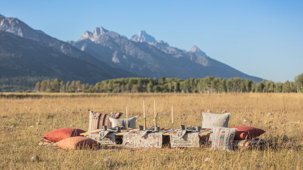Coral & Tusk Outdoor Dining Grand Tetons