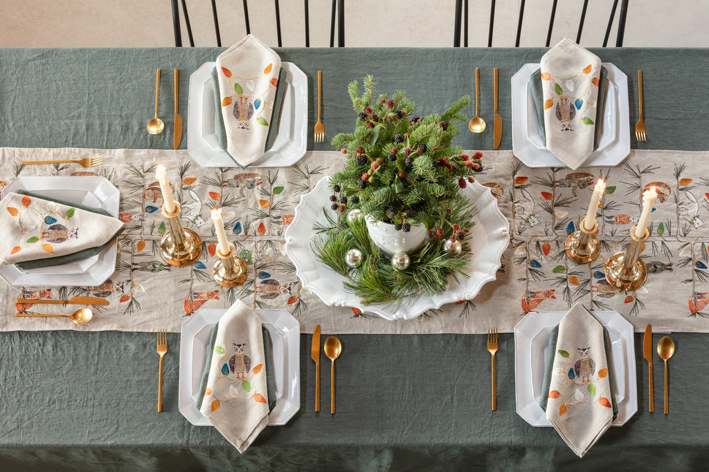 Christmas Tree Trimmers Table Runner