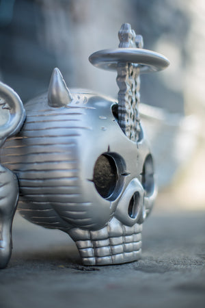 "David Welker ""Skully"" Silver Edition Vinyl Statue"