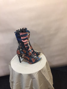 Italian wild boots by SERGIO TODZI, new with box. Size 39 / UK 6