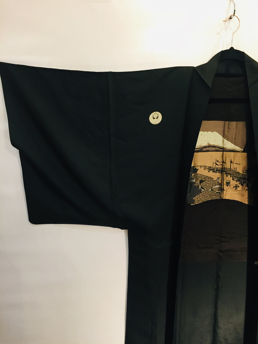 Vintage Japanese silk haori (like a cropped kimono) with family crest and scenic lining