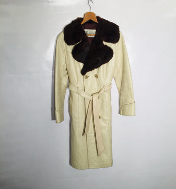 Glamorous 60s-70s cream leather overcoat, genuine fur collar. Size 12-14