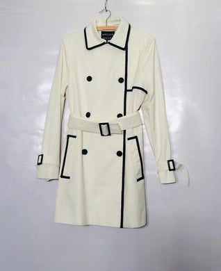 Smart near-new white JAEGER thigh-length trench. Size M