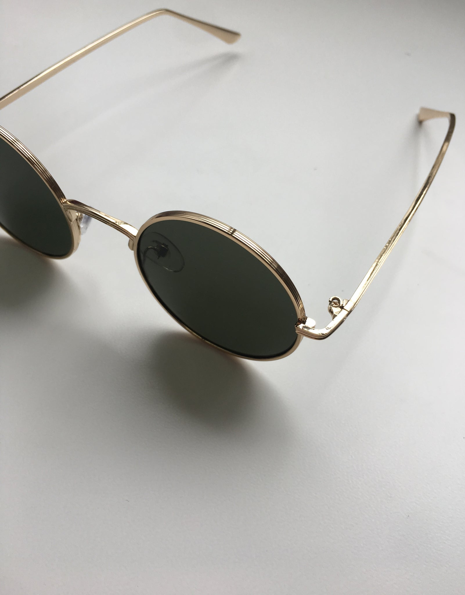 Retro Round Shape Sunglasses