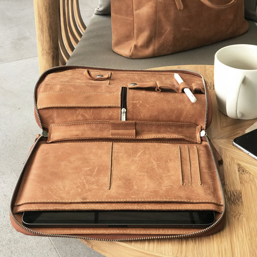 DB95 - Leather Sleeve for iPad Pro 11