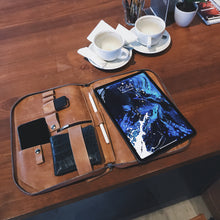 "Load image into Gallery viewer, DB95 - Leather Sleeve for iPad Pro 11""  (ปกติ 7,350 บาท โปรเหลือ 4,320 บาท) - Bagspace"